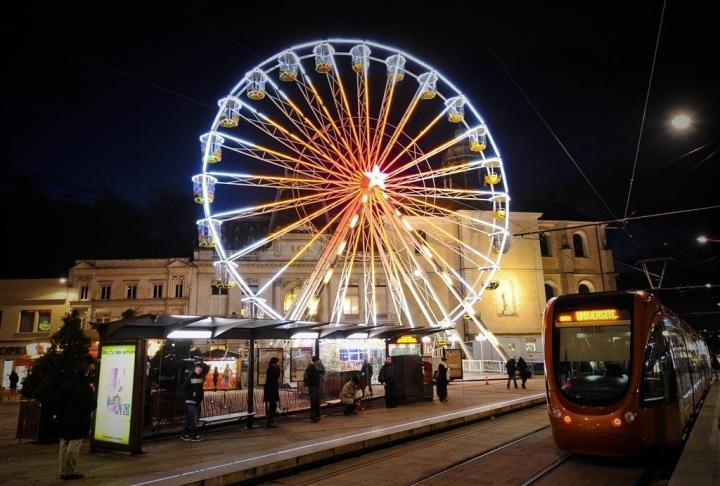 grande-roue-marche-de-noel-le-mans-2018