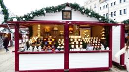 Photophores et carrousel au Marché de Noël